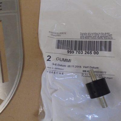 Porsche rubber bevestiging