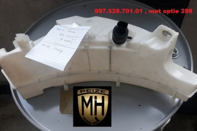 Porsche 997 ruitensproeier-tankje