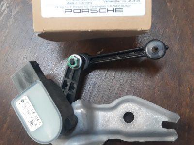 Porsche Cayenne luchtvering-sensor