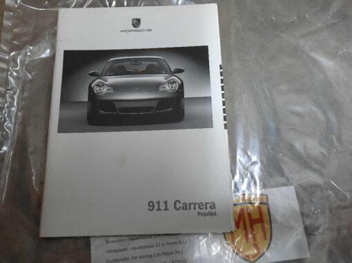 Porsche 996 wit prijslijstboekje