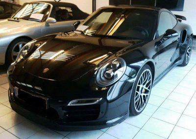 MH Automobielen Porsche Showroom18